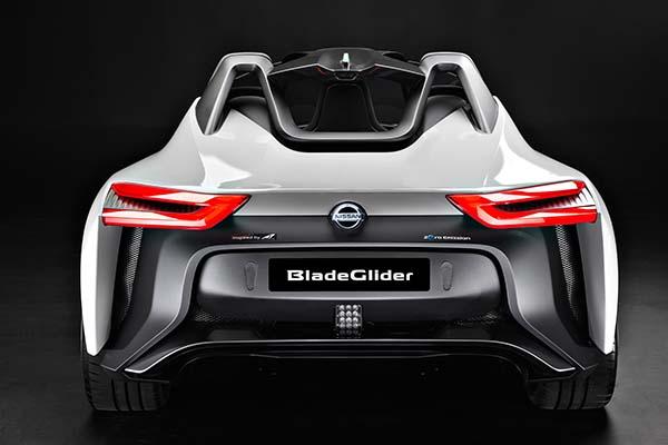 Nissan BladeGlider Galeri 08