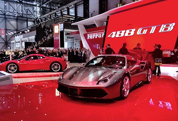 Ferrari_488_GTB_Cenevre_2015_02
