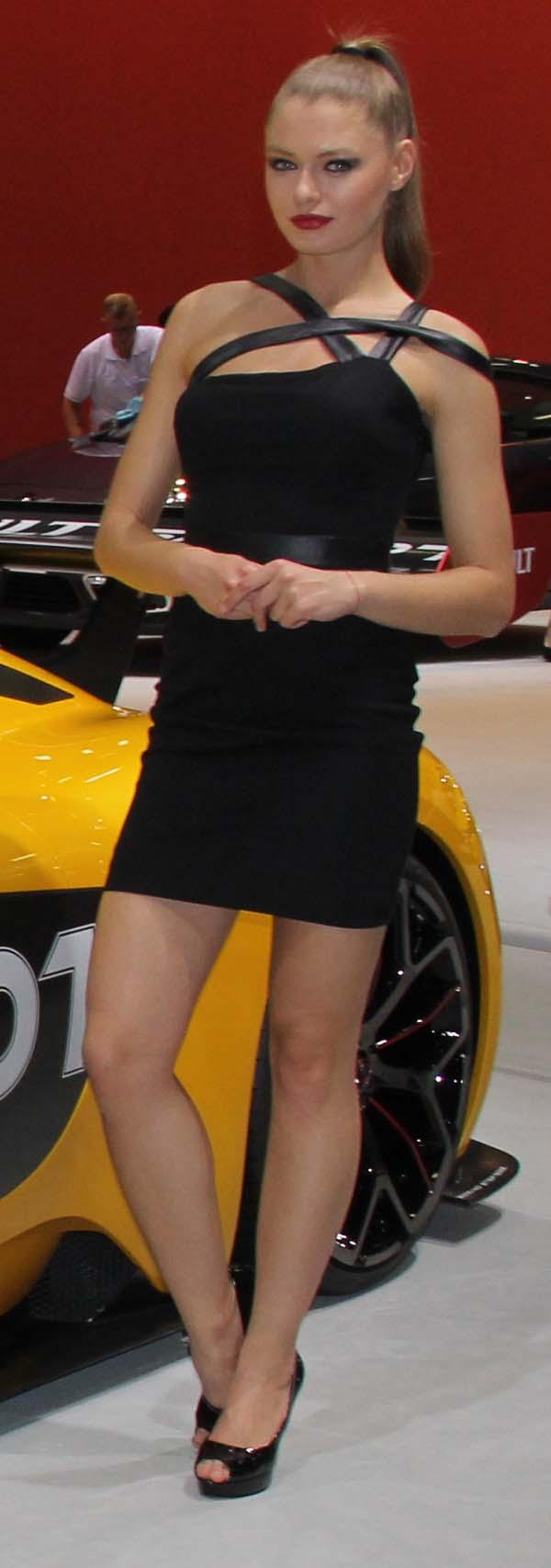 istanbul autoshow 2015 mankenler 18