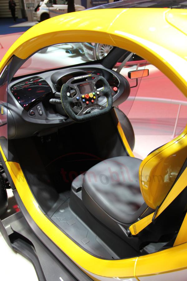 twizy renault sport f1 frankfurt otomobil fuar 2013 foto raf galerisi otomobil. Black Bedroom Furniture Sets. Home Design Ideas