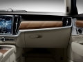170857_Interior_IP_Glove_box_Volvo_S90