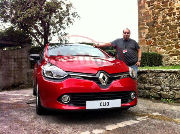 foto test yeni 2013 renault clio 4 hatchback 0 9 tce 90 hp ve 1 5 dci 90 hp otomobil. Black Bedroom Furniture Sets. Home Design Ideas