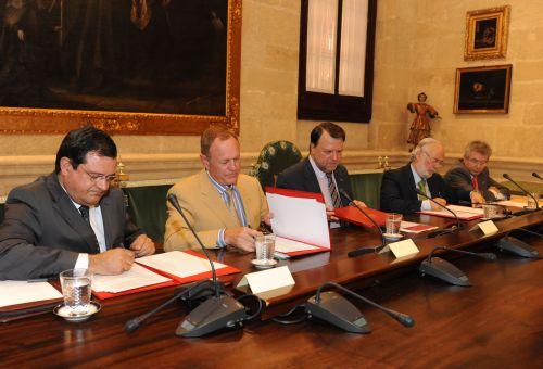 Renault-Nissan ile Sevilla Belediyesi işbirliği yapacak