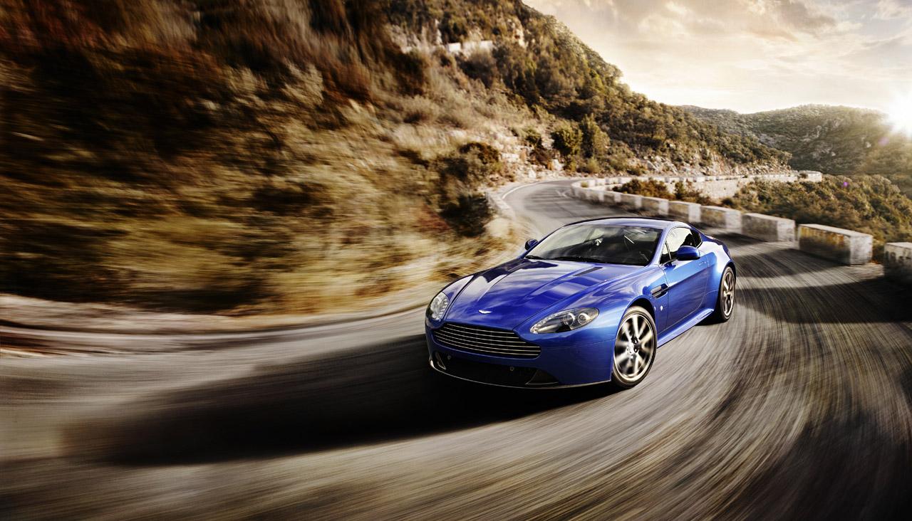 Aston Martin V8 Vantage S Test