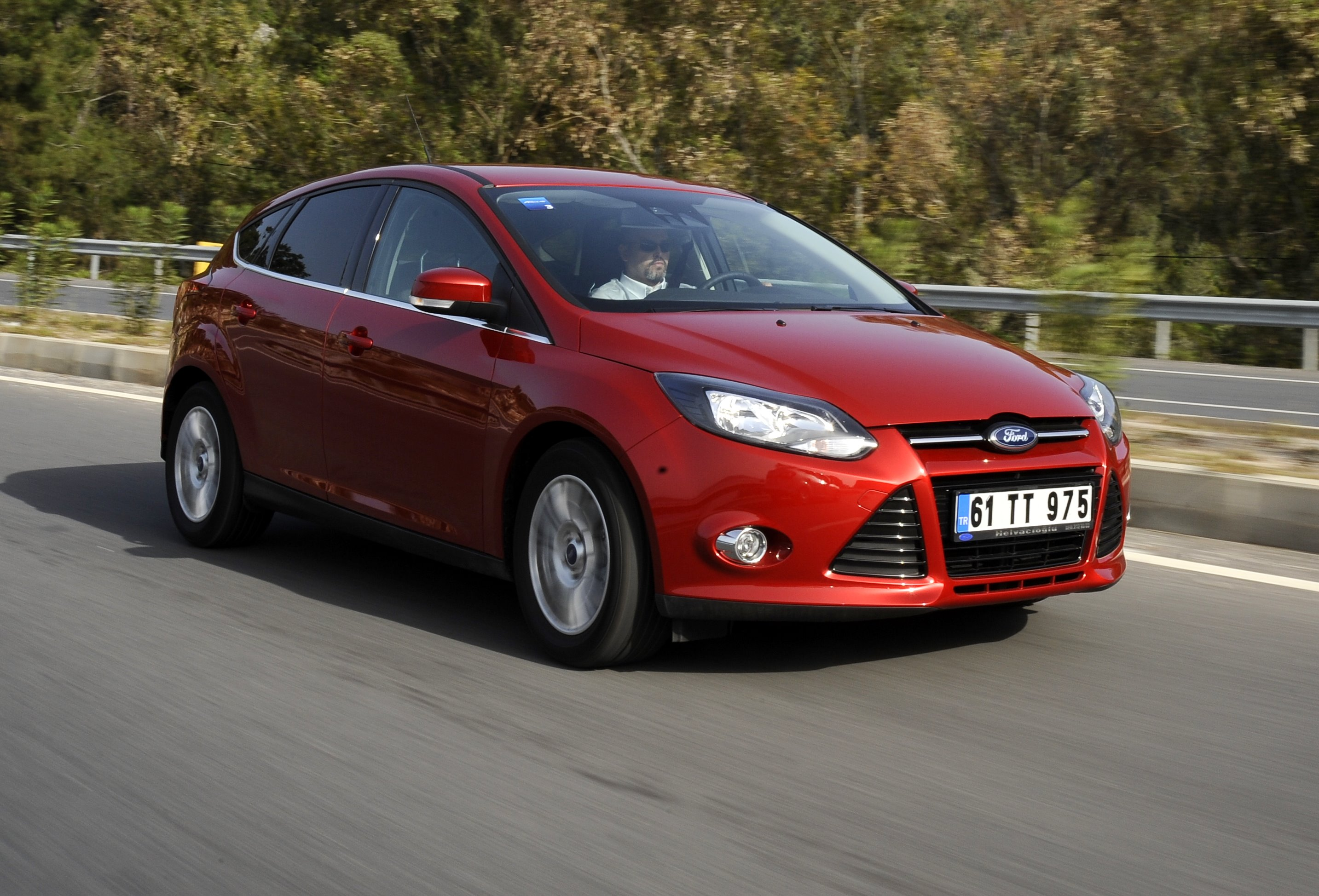 Yeni (2012) Ford Focus 1.6 EcoBoost 180 HP Test