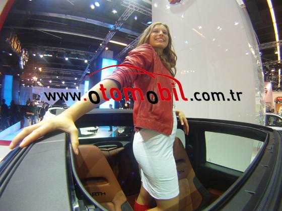 Frankfurt Otomobil Fuarı 2011 Manken Kızlar