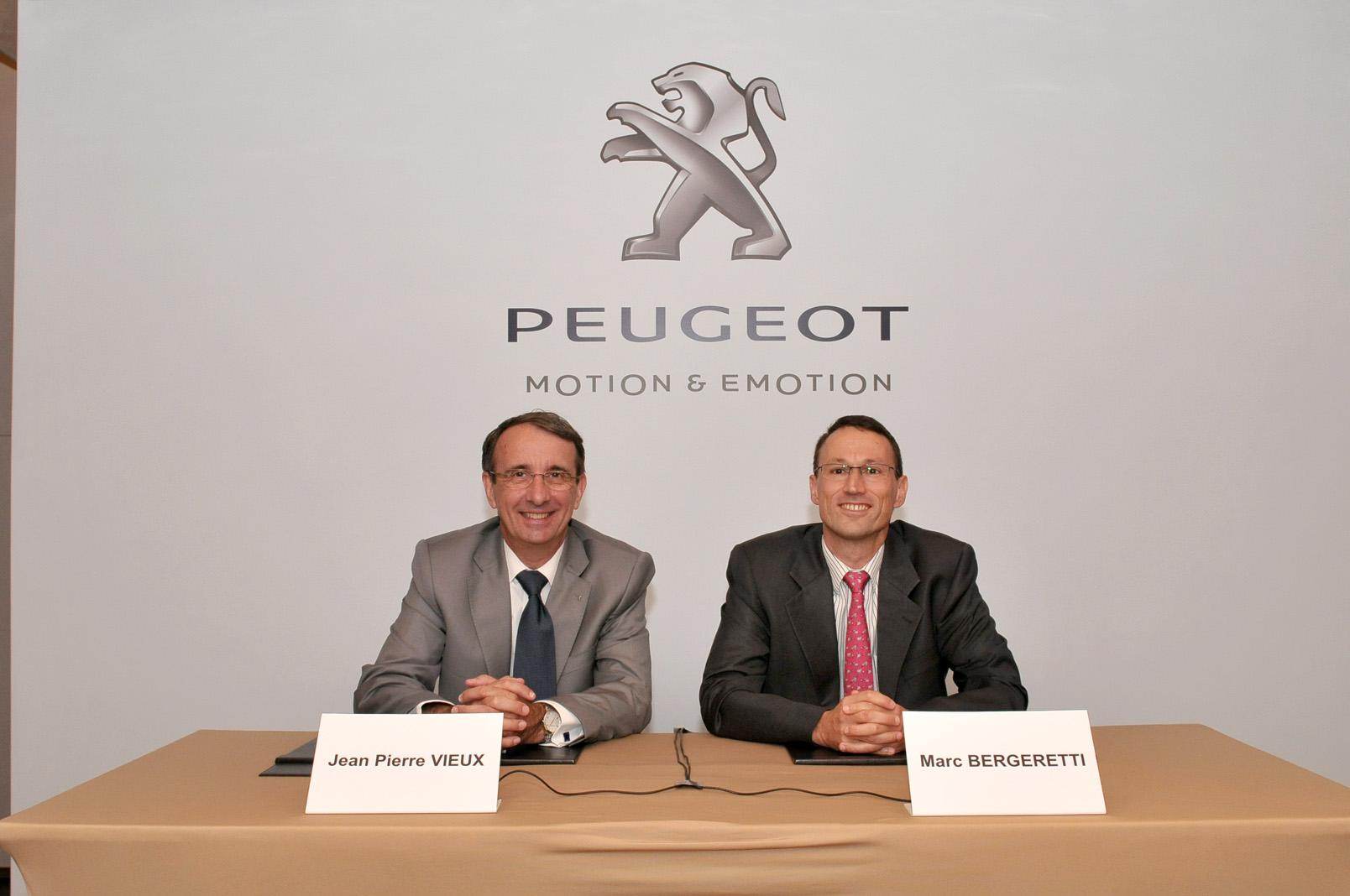 Peugeot'da yönetim değişiyor