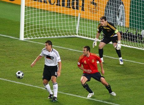 Continental, Euro 2012 ve Euro 2016 sponsoru oldu