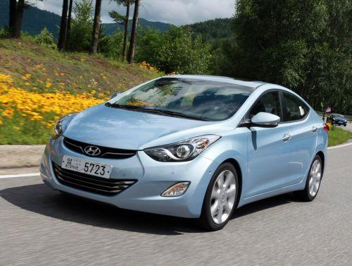 Yeni Hyundai Elantra 2011'de satışa sunulacak