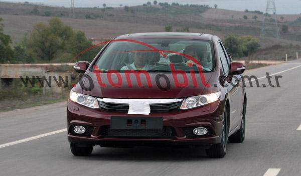Yeni (2012) Honda Civic Sedan Türkiye yollarında
