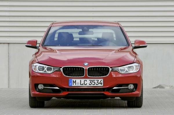 Video: Yeni (2012) BMW 3 Serisi