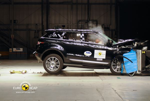 Video: Range Rover Evoque Euro NCAP çarpışma testi