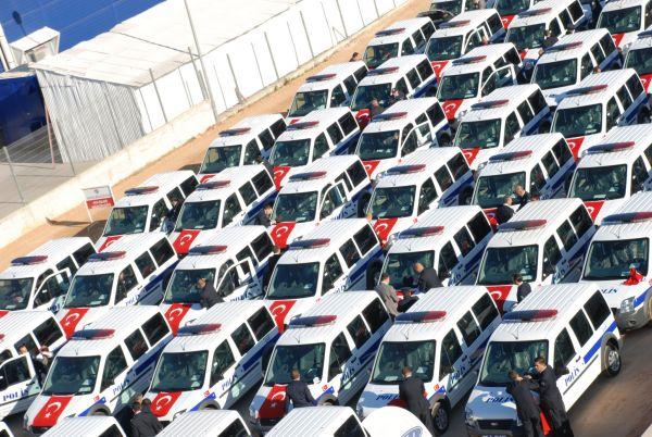 Ford Antalya Emniyeti'ne 70 araç teslim etti