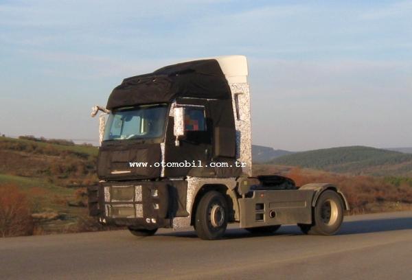 Yeni Ford Cargo fabrika testlerinde yakalandı
