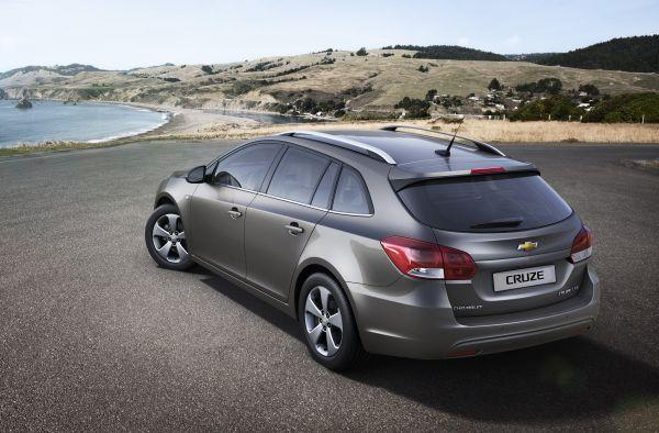 Chevrolet Cruze SW Cenevre'de tanıtılacak