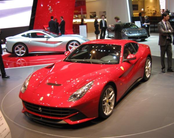 Video: Ferrari F12berlinetta Cenevre Otomobil Fuarı 2012