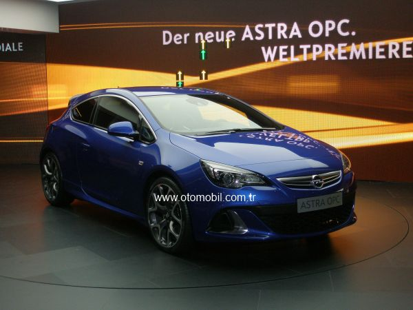 Video: Yeni Opel Astra OPC Cenevre 2012