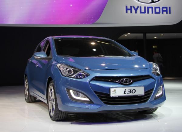 Yeni Hyundai i30 fiyatları + teknik özellikleri