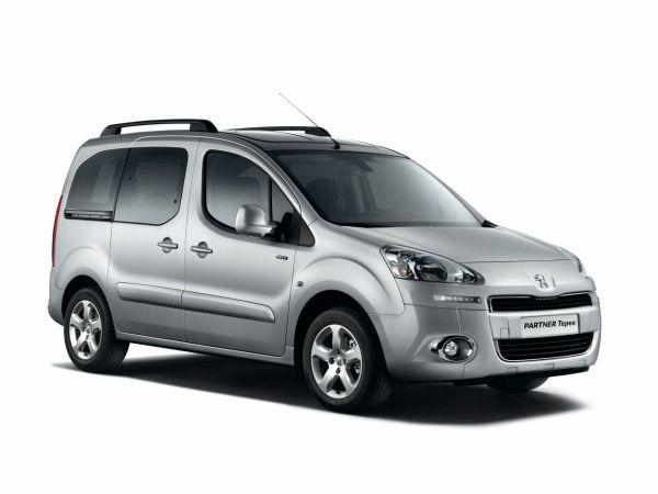 Yeni yüzlü Peugeot Partner Tepee Türkiye'de - Otomobil