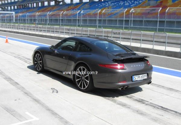 İlk sürüş/test: Yeni Porsche 911 Carrera S-World Roadshow 2012