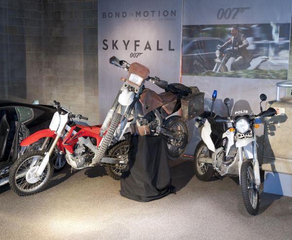 James Bond Skyfall filminde Honda CRF250R kullandı