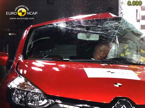 Video: Yeni Renault Clio 4 2013 Euro NCAP testi