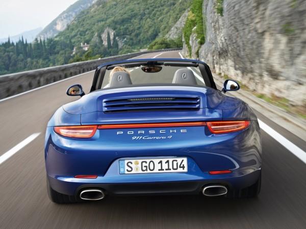 Yeni (2013) Porsche 911 Carrera 4 ve 4S hazır