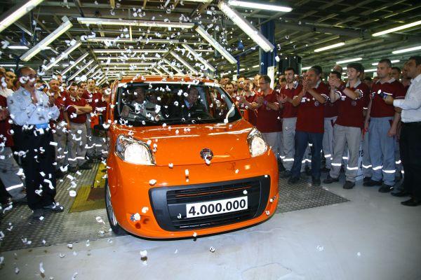 Tofaş 4 milyonuncu aracını üretti