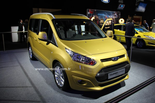 Video: Yeni 2013 Ford Tourneo Connect – Paris Otomobil Fuarı