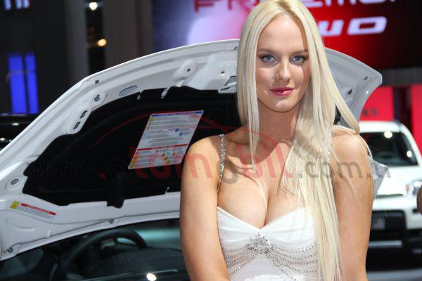 Galeri: Paris Otomobil Fuarı 2012 Manken Kızlar Bölüm 2