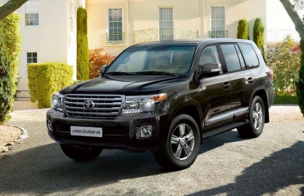 TOYOTA_LAND_CRUISER_2013_SATIS_2.jpg
