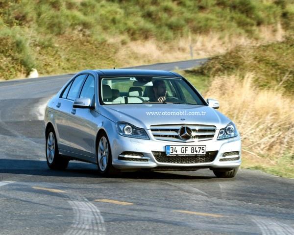 Video test: 2013 Mercedes-Benz C 180 BlueEfficiency (1.6) 7G-Tronic