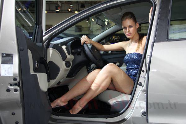 Galeri: İstanbul Autoshow 2012 Güzelleri