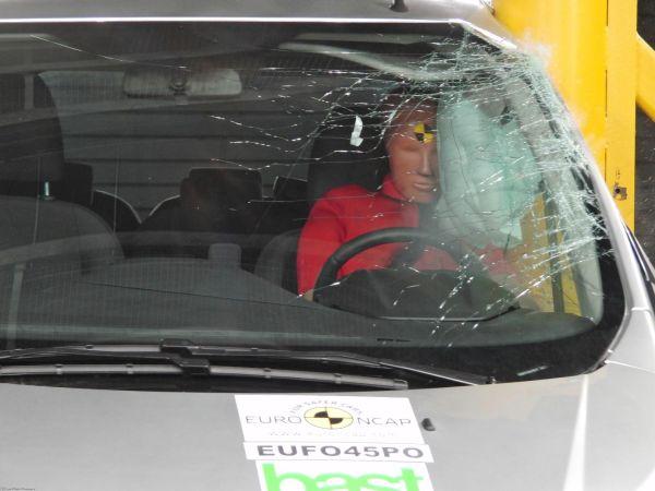 Euro NCAP bu kez hafif ticari araçları test etti