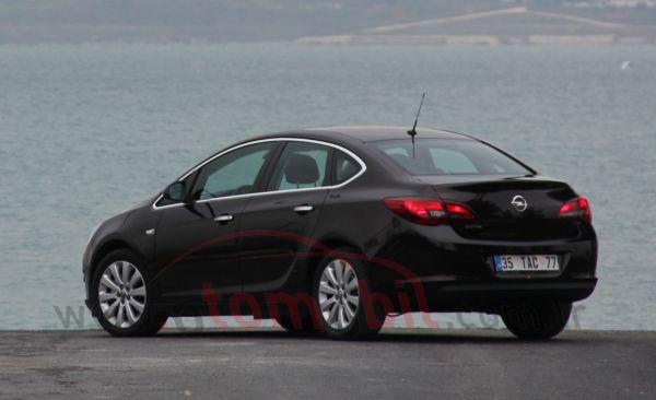 Sürüş izlenimi – Test: Yeni Opel Astra Sedan 1.3 CDTi 95 ...
