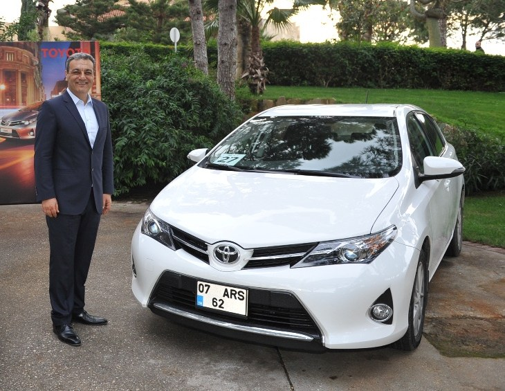 Yeni (2013) Toyota Auris fiyat listesi