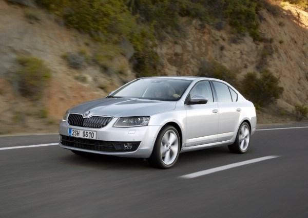 Yeni yüzlü (2013) Renault Fluence fiyat listesi