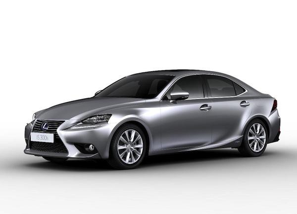Lexus IS 300h Cenevre'de tanıtılacak