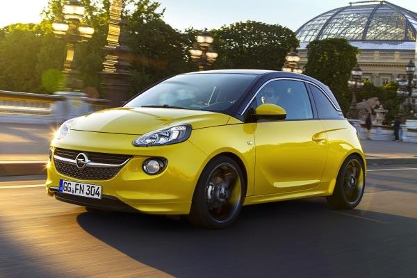 Opel Adam 1.2 70 HP Mart'ta Türkiye'de