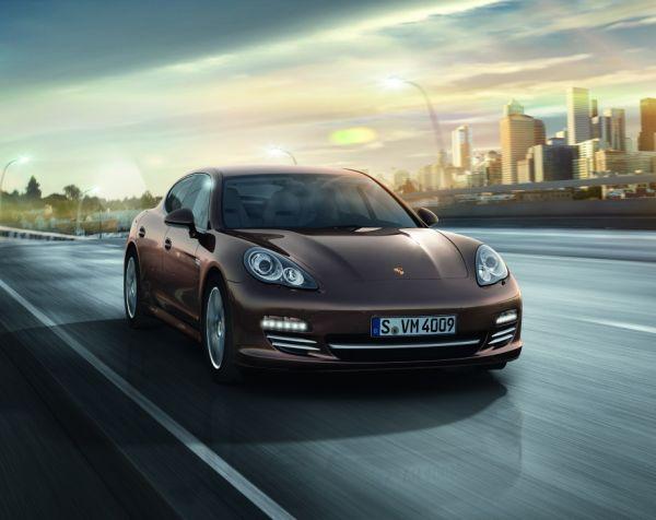 Porsche Panamera Diesel Platinum Edition Türkiye'de
