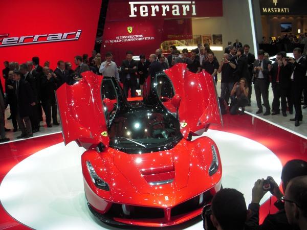 En hızlı Ferrari: LaFerrari / Cenevre Otomobil Fuarı 2013