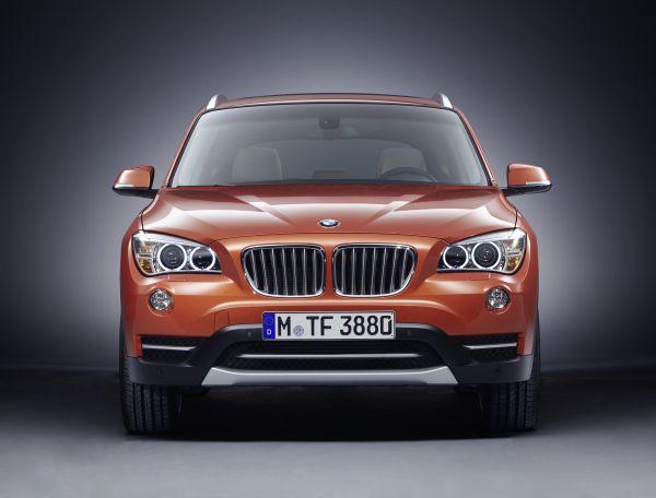BMW X1 sDrive16i 39.900 Euro fiyatla Türkiye'de