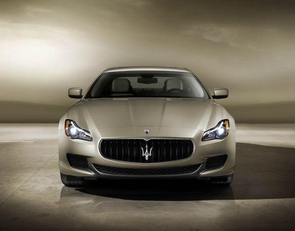 Yeni 2013 Maserati Quattroporte 346.000 Euro'ya yollarda