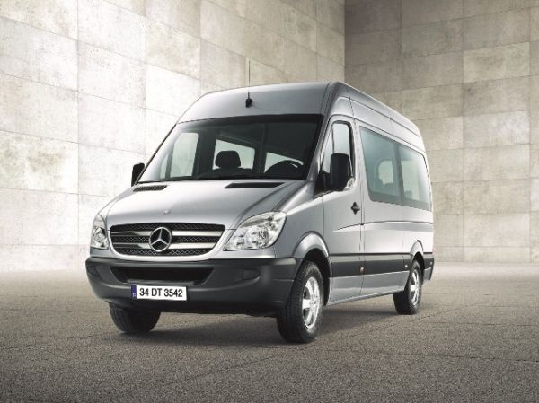 Mercedes-Benz Sprinter Minibüs ve Sprinter Panelvan yenilendi