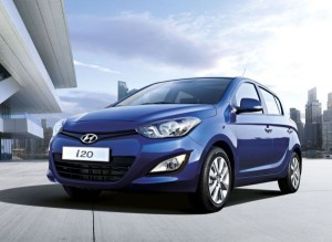 hyundai i20 ve accent blue yeni donan mlara kavu tu otomobil. Black Bedroom Furniture Sets. Home Design Ideas