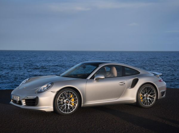 Galeri: Yeni 2013 Porsche 911 Turbo S