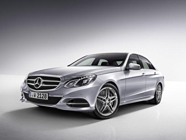 Mercedes-Benz E 180 (1.6 lt motor) teknik özellikler