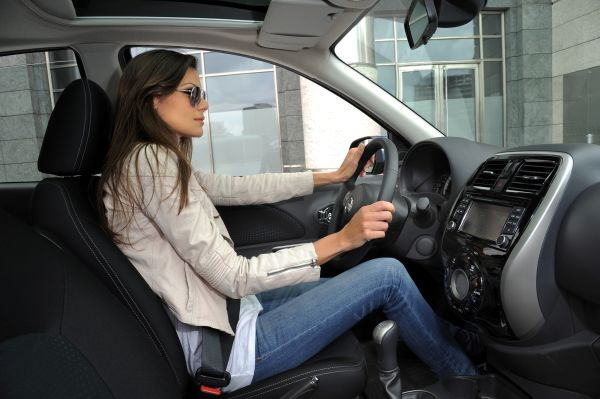 Yeni yüzlü Nissan Micra 2014 videosu
