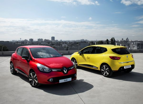 Yeni Renault Clio HB ve Clio Sport Tourer 1.2 EDC otomatik vites bayilerde