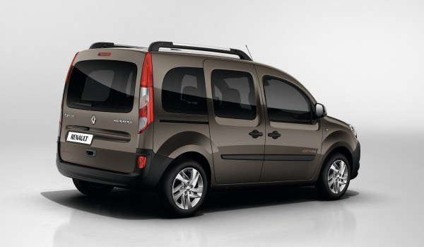yeni y zl renault kangoo 2013 t rkiye de otomobil. Black Bedroom Furniture Sets. Home Design Ideas